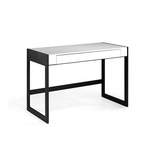 Mesa de escritorio en MDF blanco